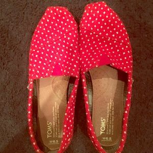 Toms Shoes - Red poke-a-dot TOMS